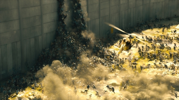The infected scale the Israeli walls in WORLD WAR Z, from Paramount Pictures and Skydance Productions in association with Hemisphere Media Capital and GK Films. WWZ-VFX-001